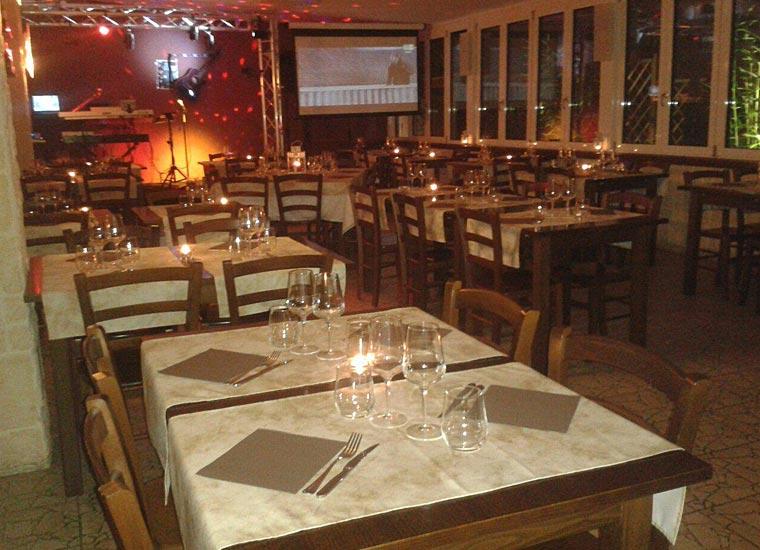 Sala Grande preparata per una cena a lume di candela